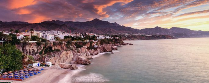 cropped-395608-low-cost-taxi-atardecer-nerja.jpg